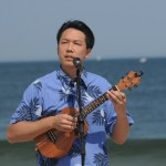Ukulele_on_the_Beach